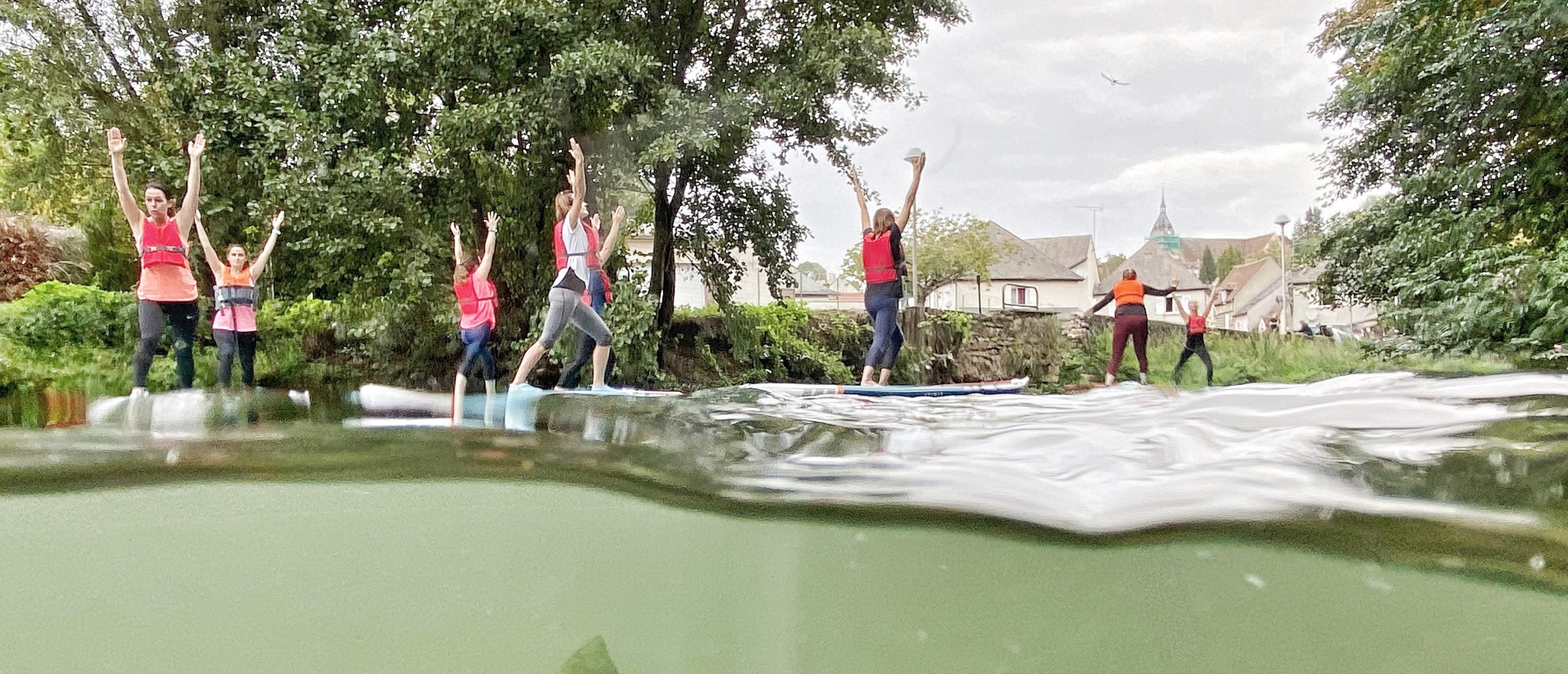 Cours de paddle yoga dans le Loiret avec Vallées Gâtinaises